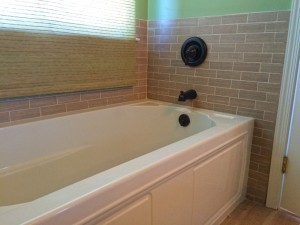 Harlan Bathroom Remodeling bathtub